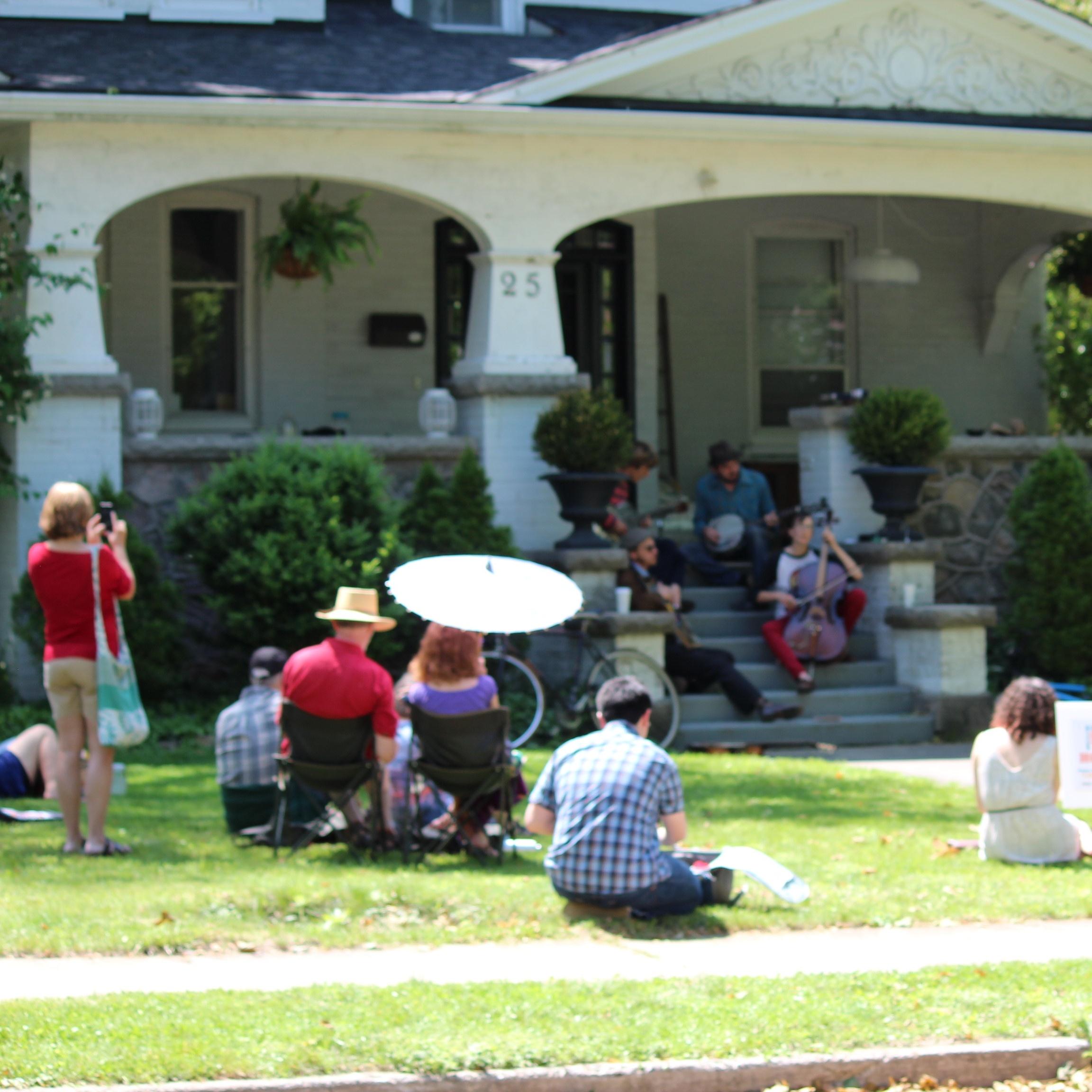 Community_Images_Neighbours01-162997-edited.jpg