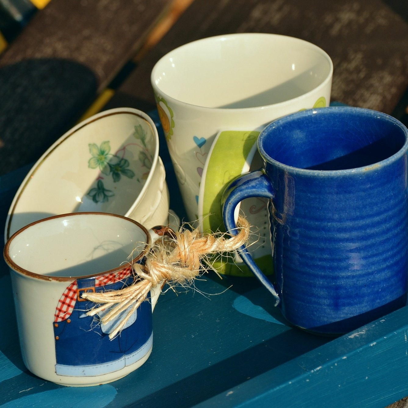 community mugs joined together share-096360-edited.jpg